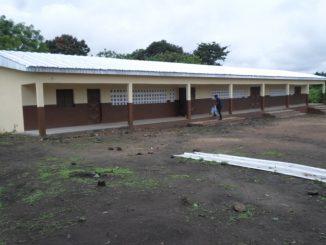 DINAOUDI SP Bondo - 3 Salles de classe + Bureau